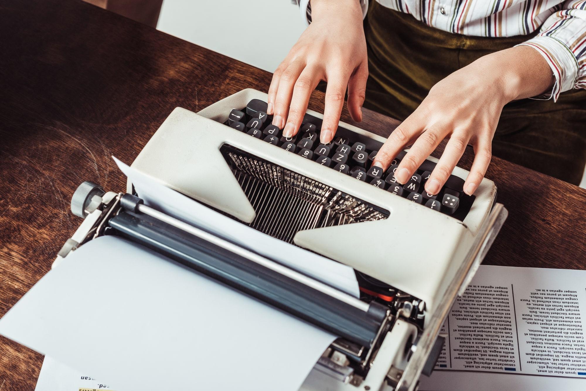 Jak napisać dobrą książkę? Pisanie książki krok po kroku!